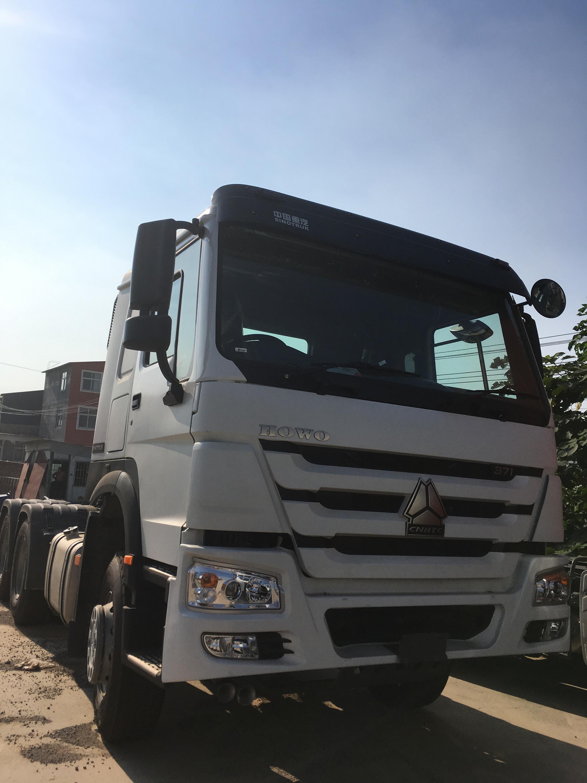 China SINOTRUK HOWO 6x4 10 Wheels 270 420 Hp Tractor Truck
